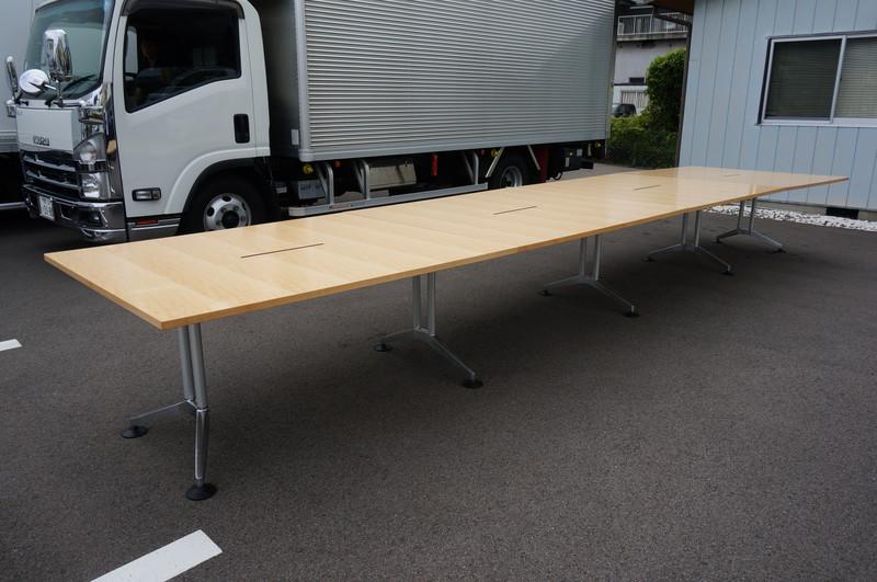 ウィルクハーン ロゴン ミーティングテーブル 6112-6115 H730