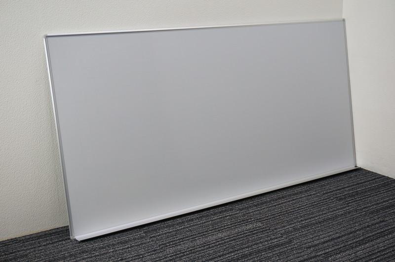 オカムラ 壁掛け式ホワイトボード 36 暗線