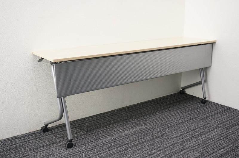 オカムラ ネスティア フラップテーブル 1845 幕板付 ライトプレーン