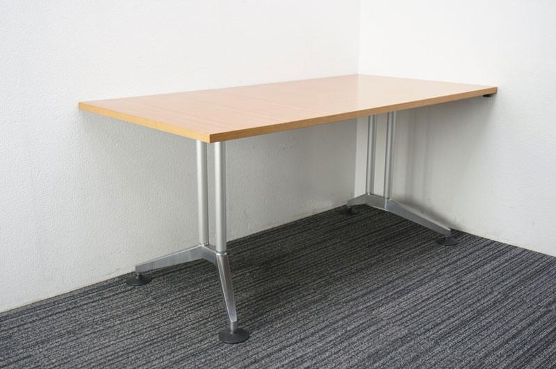 ウィルクハーン ロゴン ミーティングテーブル 1680 H730 (4)