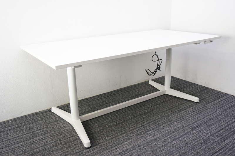 【B級 未使用品】 イトーキ トイロ ミーティングテーブル 1890 H650-1250 インジケータ付昇降スイッチタイプ