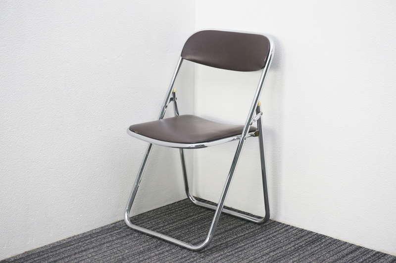 【自社便対応のみ】ウチダ 折りたたみパイプ椅子 ブラウン 特価品