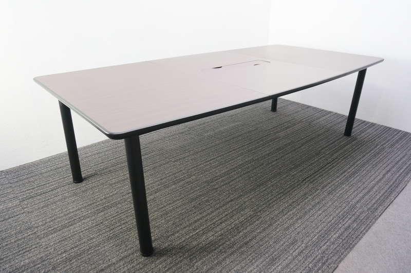 ライオン ミーティングテーブル 2412 H720