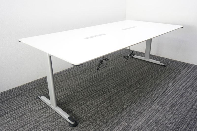 コクヨ アリーナT ミーティングテーブル W2100 D1050 H700 コンセントソケット付
