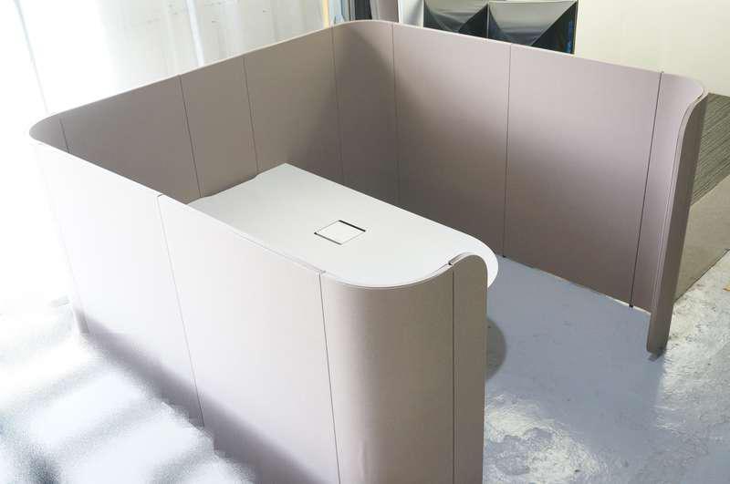 イトーキ アドサイト ディスカッションブース(ロータイプ) 単独 H1570 天板:アッシュドパインL/パネル:サンドイエロー