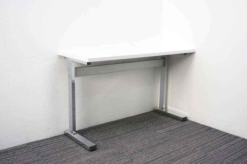 オカムラ ランチテーブル 1245 H720 ホワイト