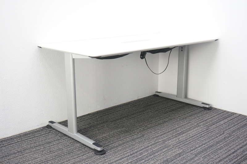 コクヨ アリーナT ミーティングテーブル 1575 コンセント/USBソケット付 ホワイト