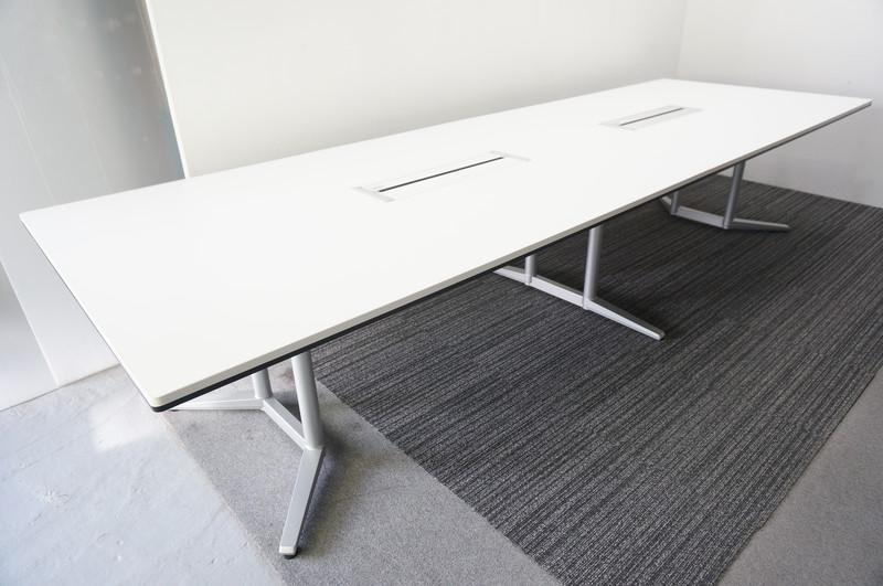 オカムラ ラティオ2 ミーティングテーブル 3612 ホワイト (2)