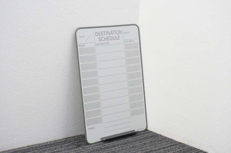 オカムラ フレックスボード マグネット式 行動予定表(英字) W450 H600