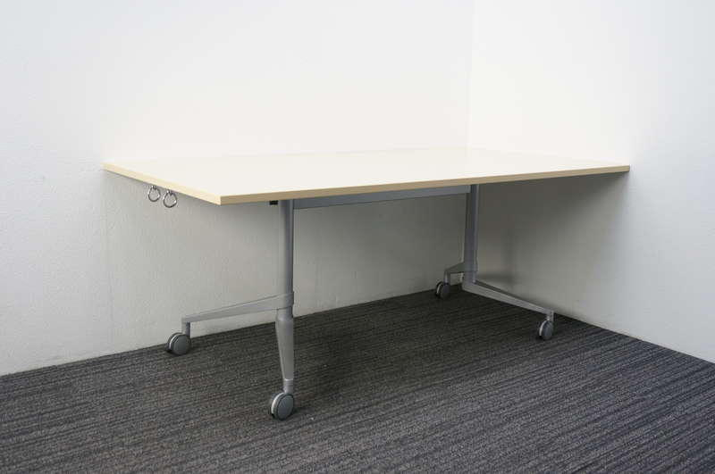 オカムラ フレミックス フラップテーブル 1890 H720 ライトプレーン
