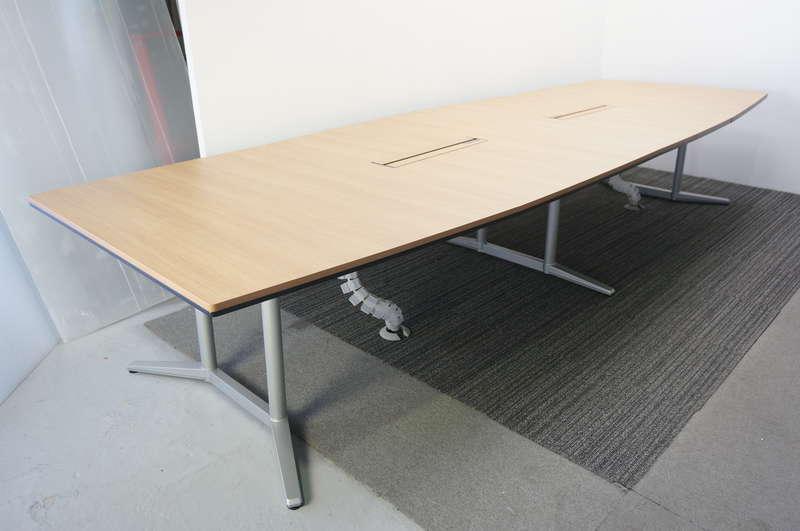 オカムラ ラティオ2 ミーティングテーブル 4014 ネオウッドミディアム