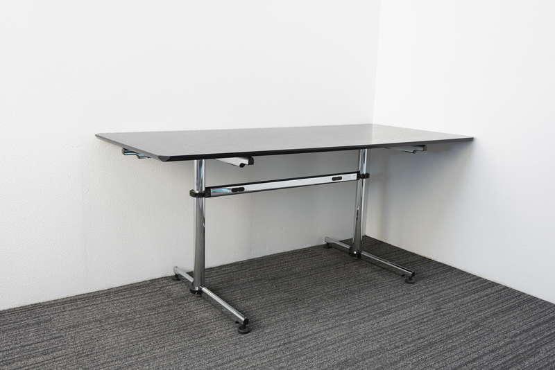 USMキトステーブル アシンメトリカル W1750 D750 H740 ブラック