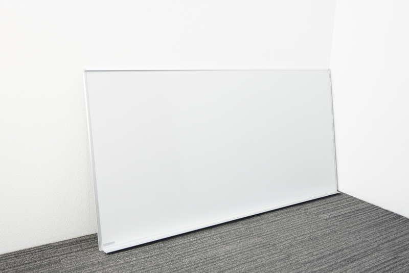 オカムラ 壁掛け式ホワイトボード 36 暗線入り