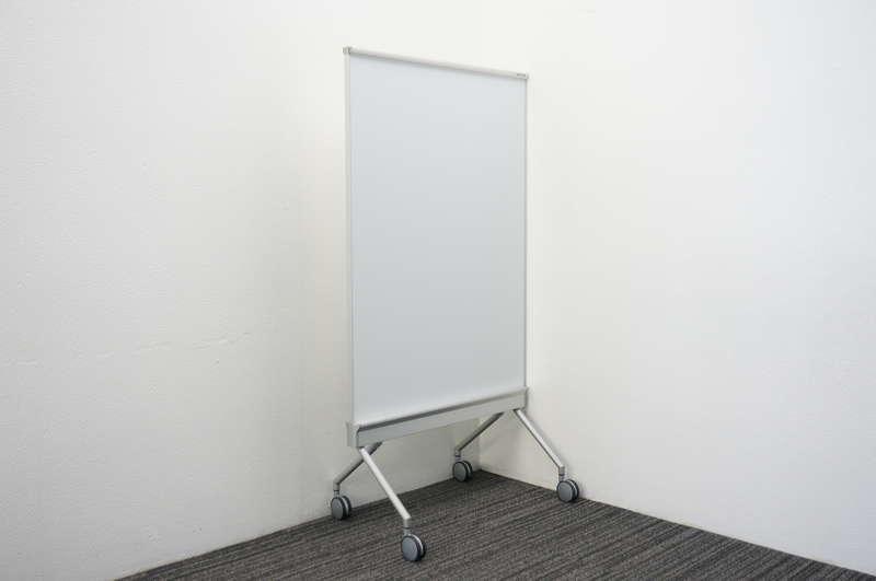 オカムラ アルトトーク スタンドボード ホワイトボード/スクリーン W880 D553 H1600 (3)