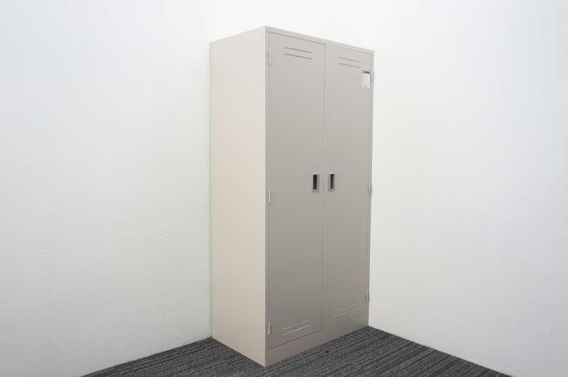 コクヨ LK 多人数用ロッカー(両開き) 錠なし W880 D515 H1790