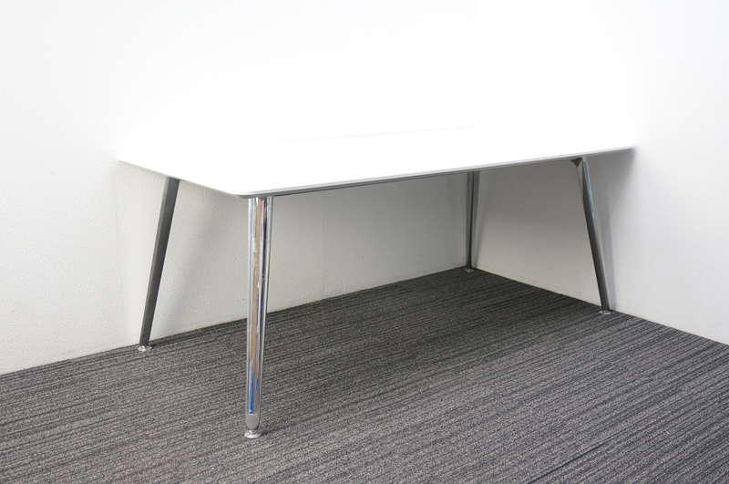 オカムラ プリシード ミーティングテーブル 配線孔付 天板(別製)1890 ホワイト