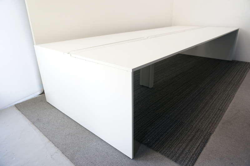 イトーキ インターリンクR フリーアドレス 6014 W2400天板×4枚 W1200天板×2枚 10席分 H720 ホワイト