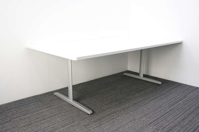 オカムラ 8177 ミーティングテーブル 2111 ホワイト