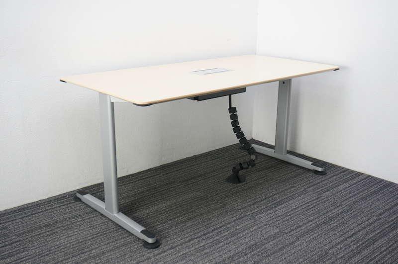コクヨ アリーナT ミーティングテーブル 1575 配線ボックス付 ライトナチュラル