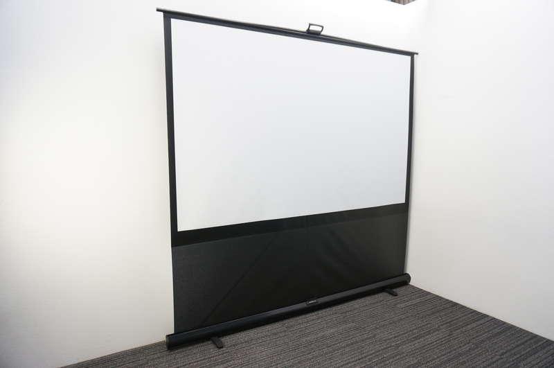 (株)キクチ グランドビュー モバイルスクリーン 床置きタイプ 100インチ
