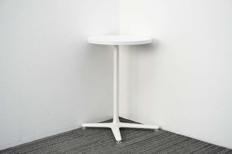オカムラ アルトカフェ 丸テーブル Φ450 H680 ホワイト
