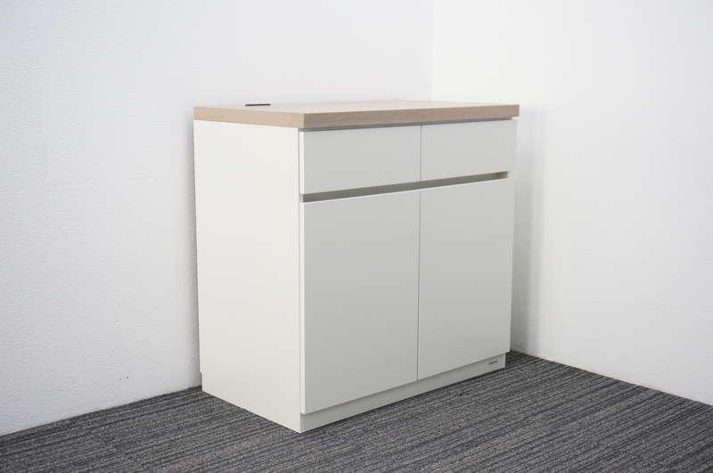 オカムラ 木製カフェキャビネット W900 D520 H900