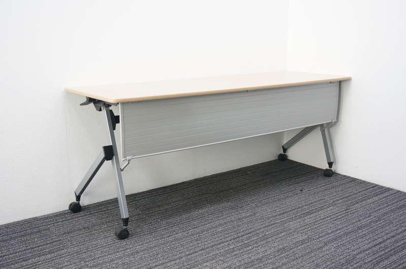 イトーキ HX フラップテーブル 1860 幕板付 木天板