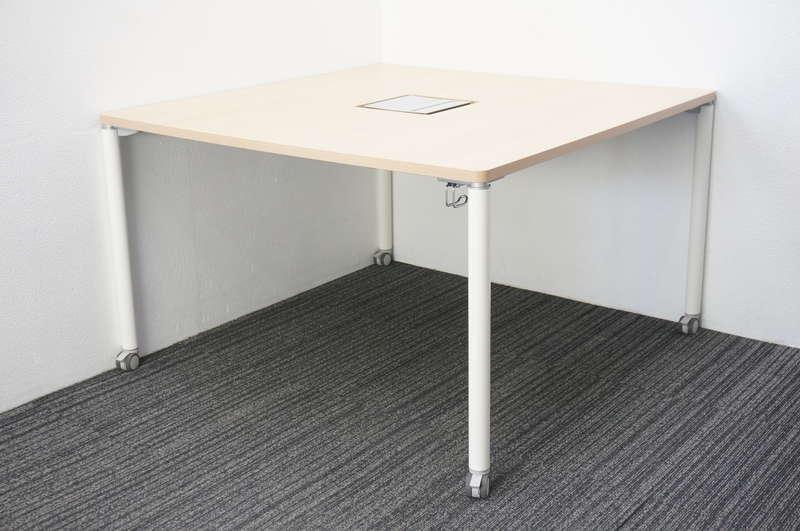 オカムラ アプションフリー ミーティングテーブル 1212 キャスター脚 ネオウッドライト