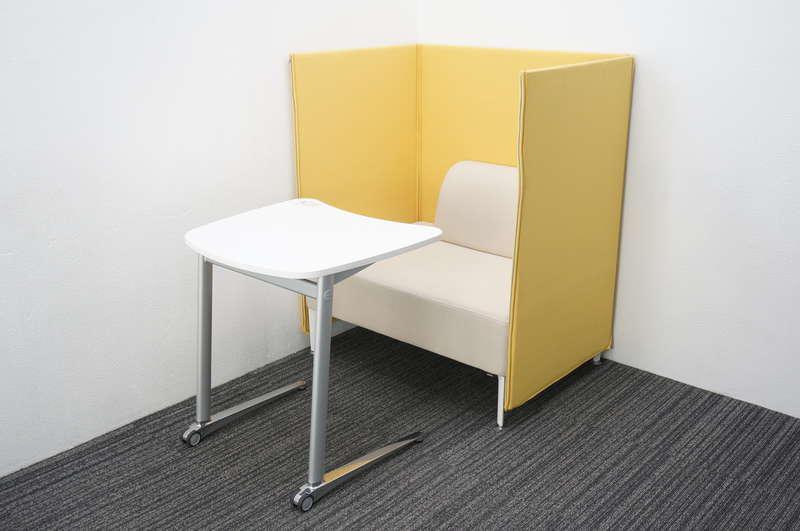 オカムラ アルトリビング ローバックソファパネル付 + シフト ミーティングテーブル 水平天板
