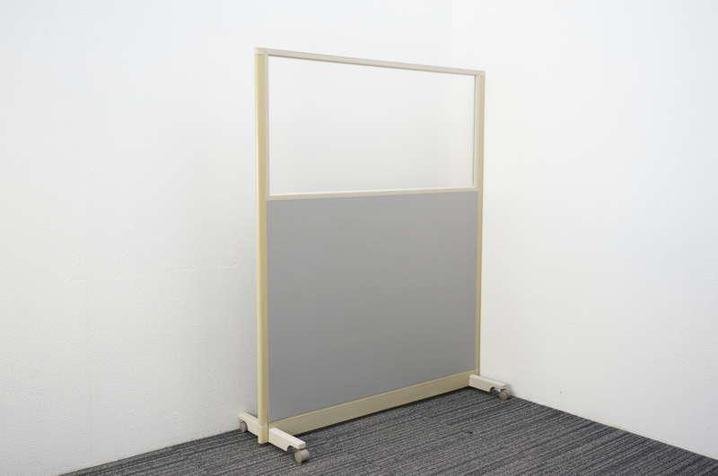 オカムラ スタンドパネル 1枚 樹脂ガラスパネル グレー W1230 D422 H1500