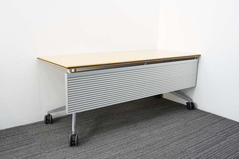 ウィルクハーン ロゴン ミーティングテーブル 幕板付 1875 H730 (5)