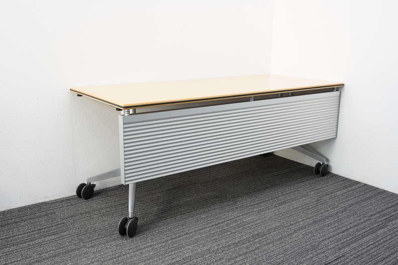 ウィルクハーン ロゴン ミーティングテーブル 幕板付 1875 H730 (2)