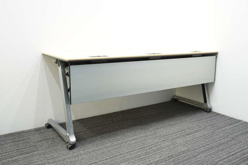 オカムラ インターアクトプロ フラップテーブル 1860 配線孔付き 幕板付き 棚板付き ライトプレーン