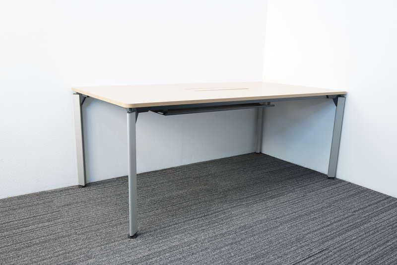 イトーキ DE ミーティングテーブル 1890 4本脚 ファインウォールナットL