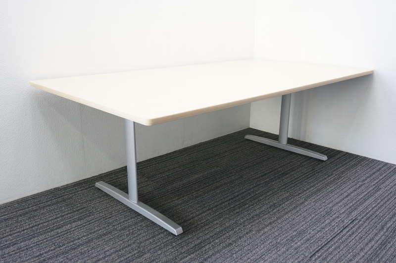 オカムラ 8177 ミーティングテーブル 2111 ライトプレーン
