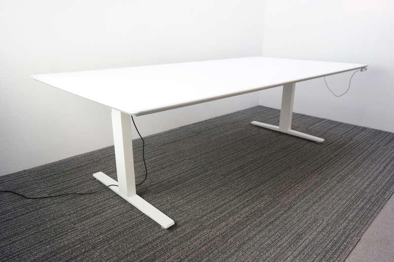 【自社便対応のみ】オカムラ スイフト 上下昇降ミーティングテーブル 2412 H700-1250