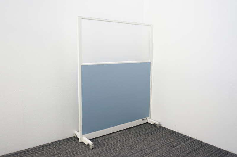 オカムラ スタンドパネル 1枚 樹脂ガラスパネル ブルー W1230 D422 H1500
