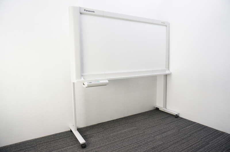 パナソニック 電子黒板パナボード UB-5838C 2010年製