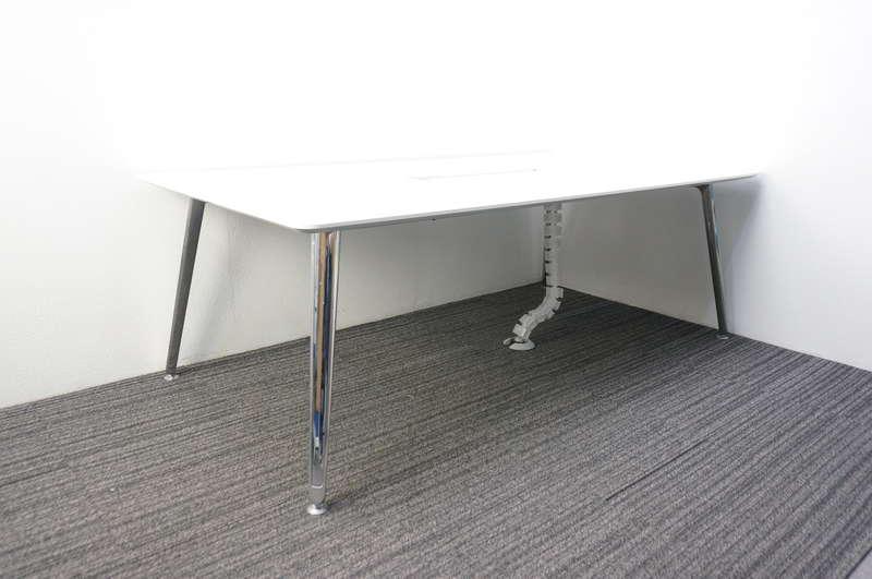 オカムラ プリシード ミーティングテーブル 配線ダクト付 2110 ホワイト