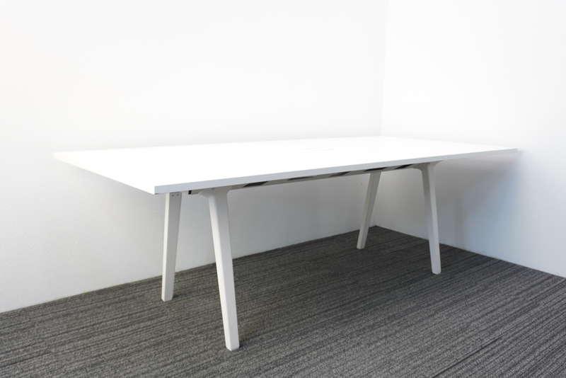 ヴィトラ JOYN(ジョイン) ミーティングテーブル W2250 D1000 H720 ホワイト
