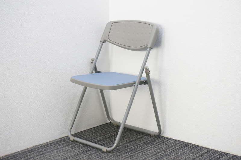 オカムラ 8168 折りたたみ椅子 ブルー