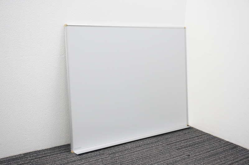 オカムラ 壁掛け式ホワイトボード 34 暗線入り